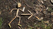 straw runner